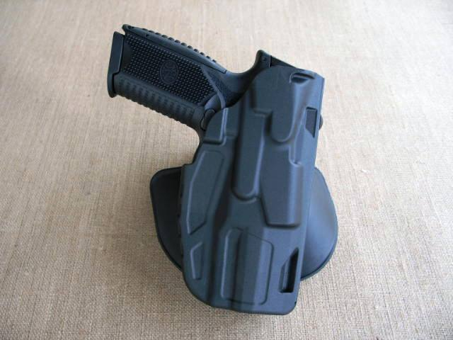 Safariland is already making a few holsters for the 509 including this 7TS ALS paddle rig.